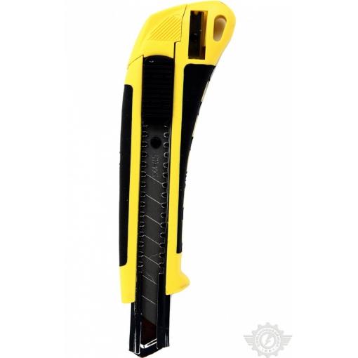 Нож обрезиненный упрочненный 18 мм с запасными лезвиями